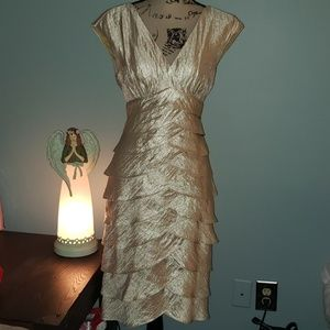 London Style Champagne Shimmer Tiered Shutter Midi